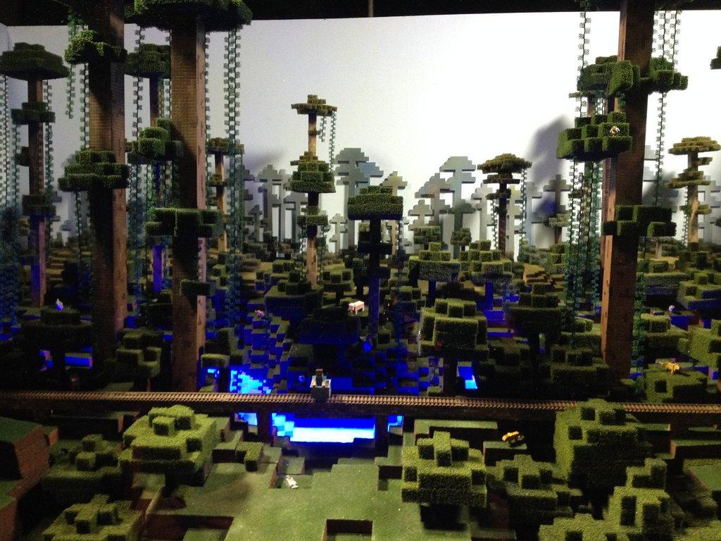Minecon 2014 Set Fabrication, Mark Helmuth Design